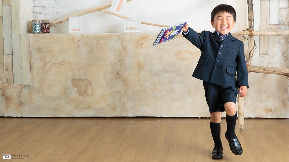香川県のフォトスタジオ・キング写真館で七五三撮影しませんか